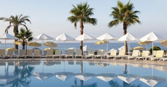 incekum-su-hotel_338_hotel-incekum-beach-resort-piscina.jpg