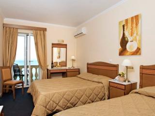 Hotel Pontikonissi