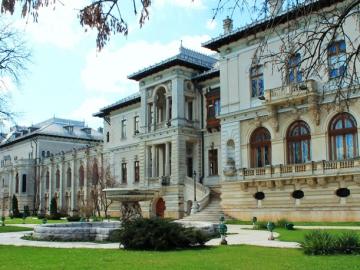 Promenada culturala la palate