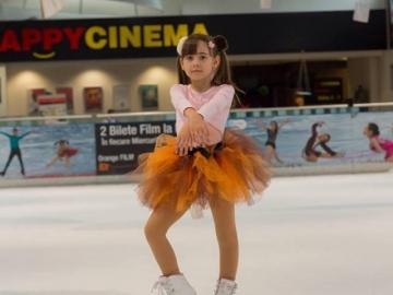 ''Unic Ice'' – Învață să patinezi!