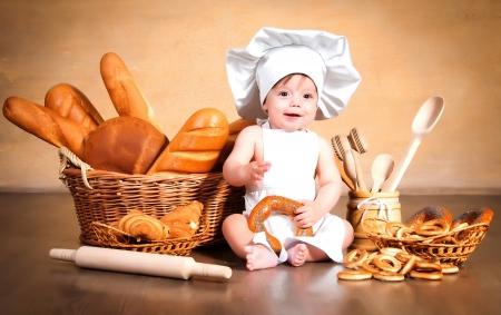 pastry-bread-infants-boys-cook-wicker-basket-543809-3840x2400.jpg